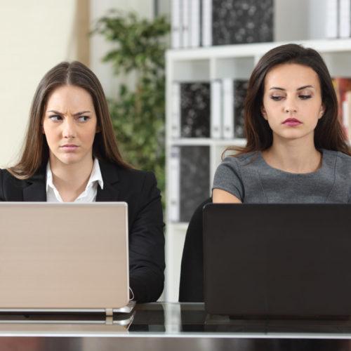 Kampfzone Büro: Frauen diskriminieren Frauen