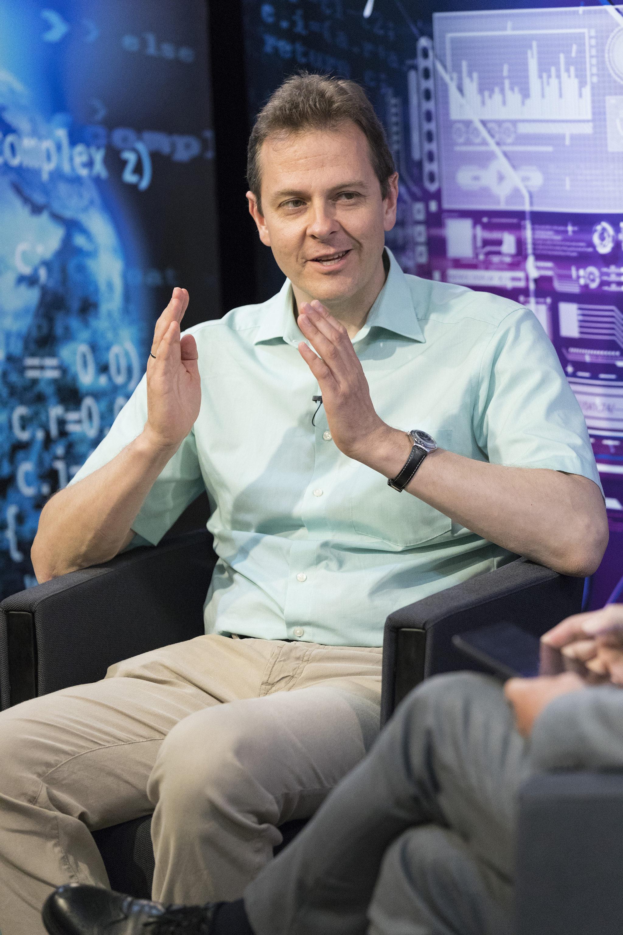 Michael Butter im Live-Talk «Wissenschaft persönlich».