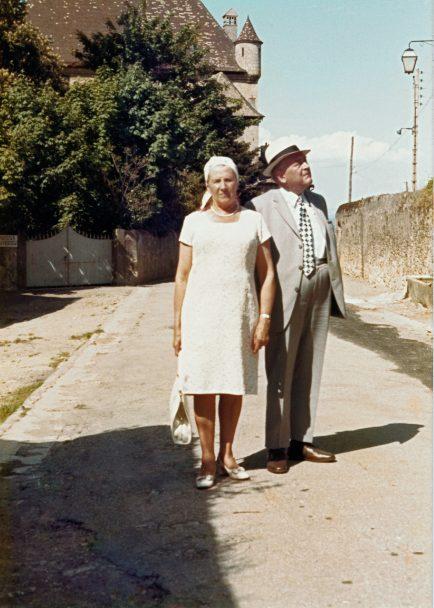 Maria Düring-Keller, die Erfinderin des Durgol und Ehemann Walter Ende der 1940er-Jahre.