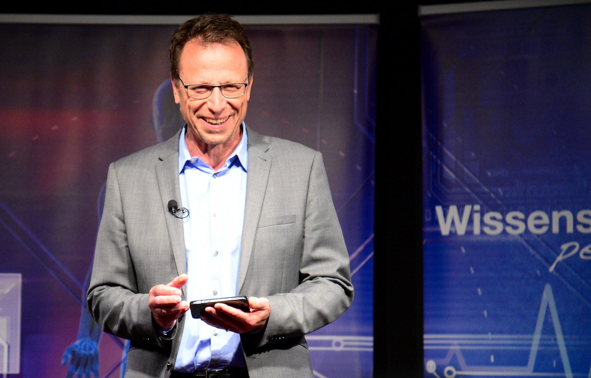 Ein Mann, eine Mission. Gloggers Firma ScitecMedia bringt mit ihren Gratis-Artikeln Wissen in jeden Winkel der Schweiz.