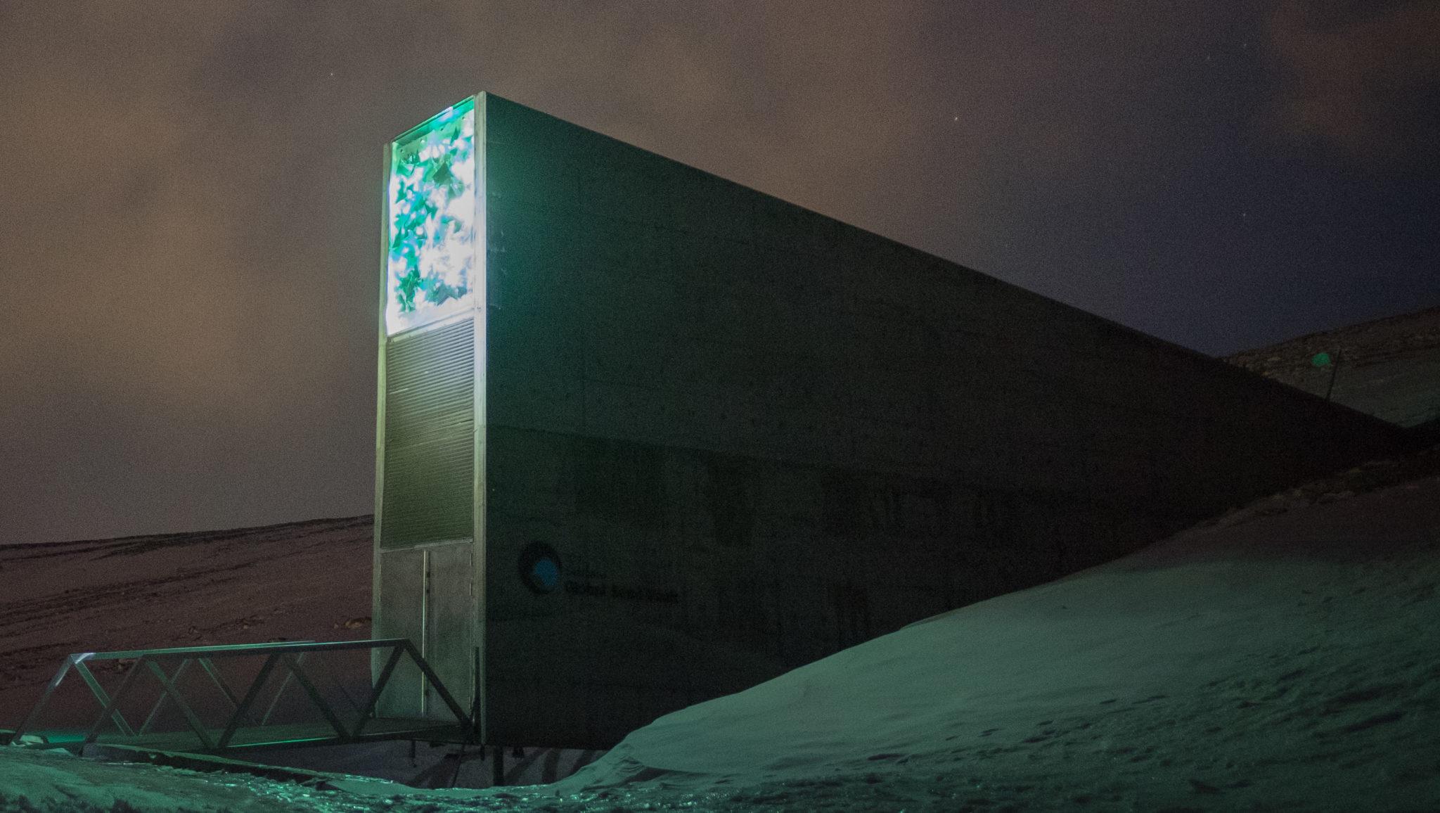 Der Eingang zum internationalen Samentresor in Svalbard: Tief im Permafrost der nordnorwegischen Insel befindet sich der Global Seed Vault.