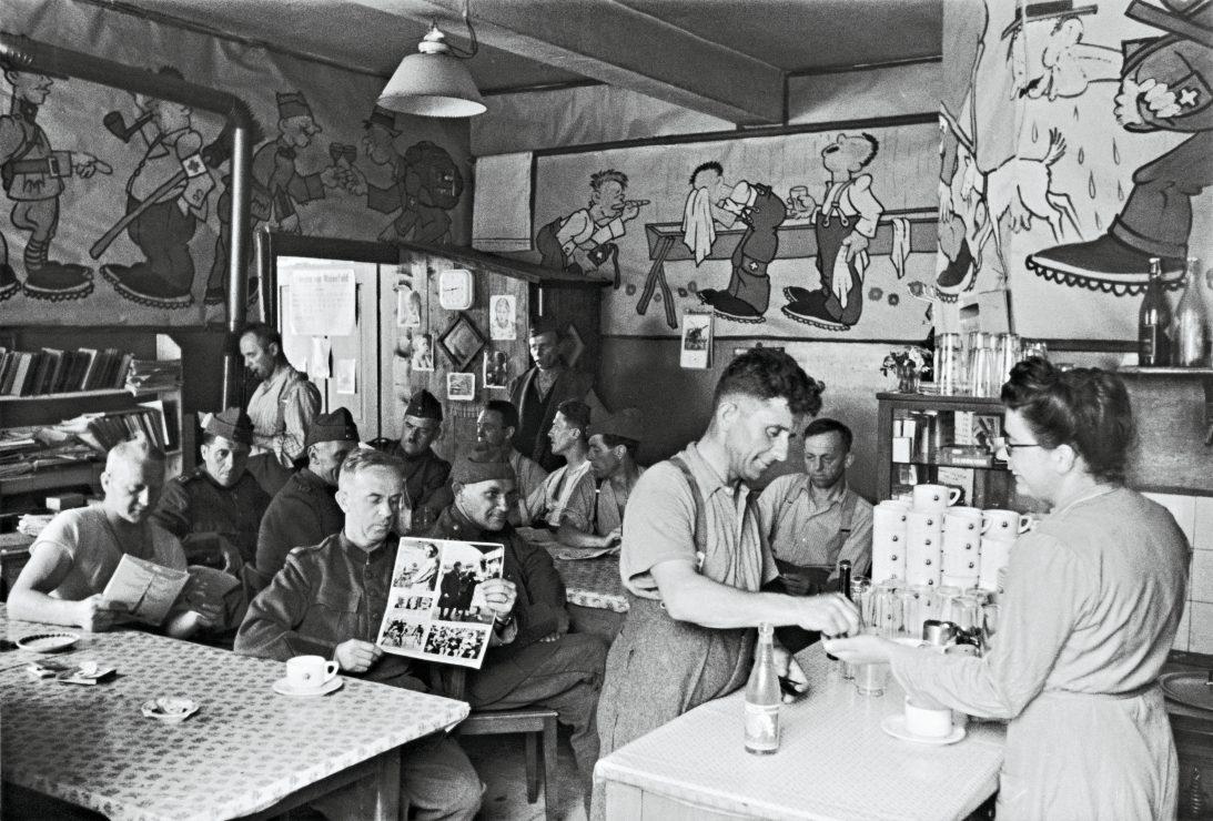 Pause in der Soldatenstube Maienfeld.