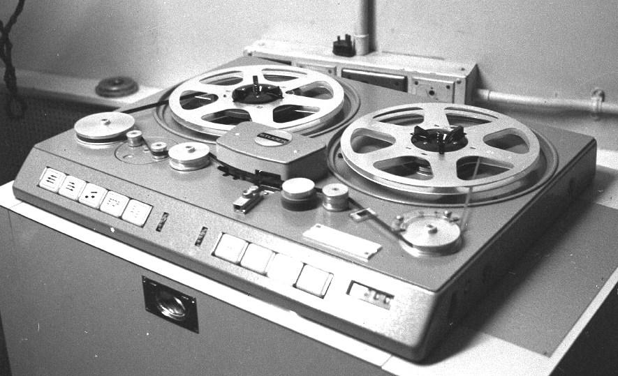 Die Studiomaschine STUDER C37 2-Spur-Stereo von 1969.