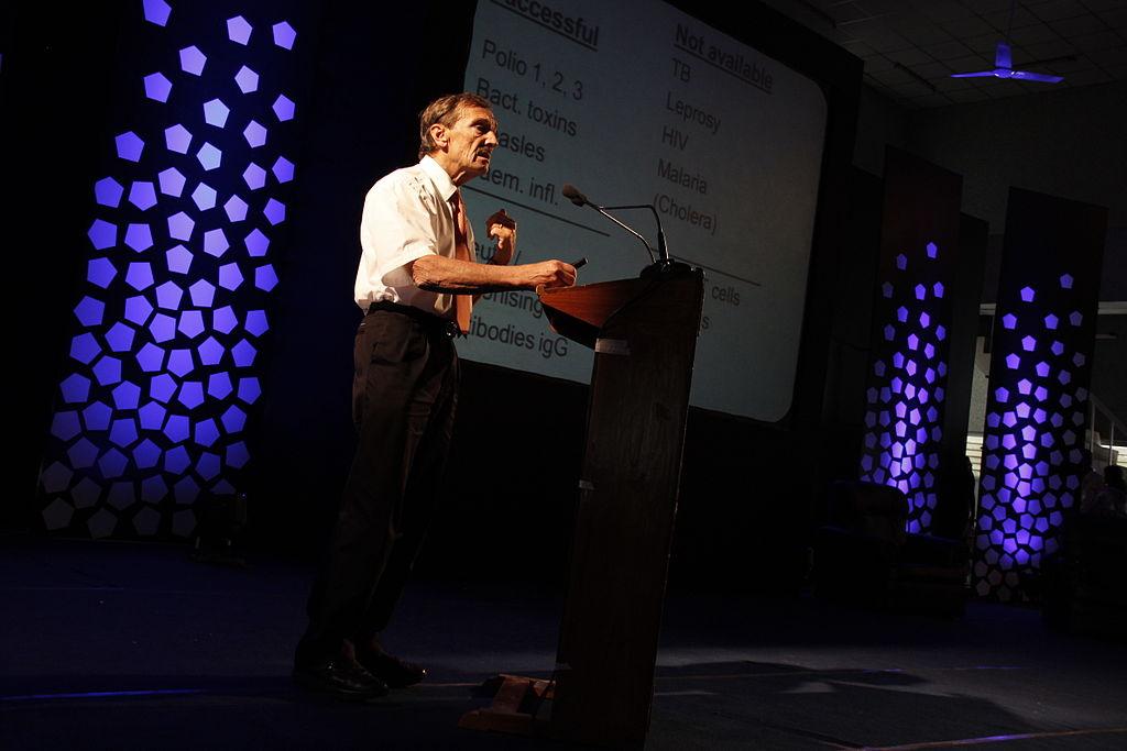 Rolf Zinkernagel am «Erudite Conclave 2011» in der medizinischen Fakultät in Thiruvananthapuram, Indien.