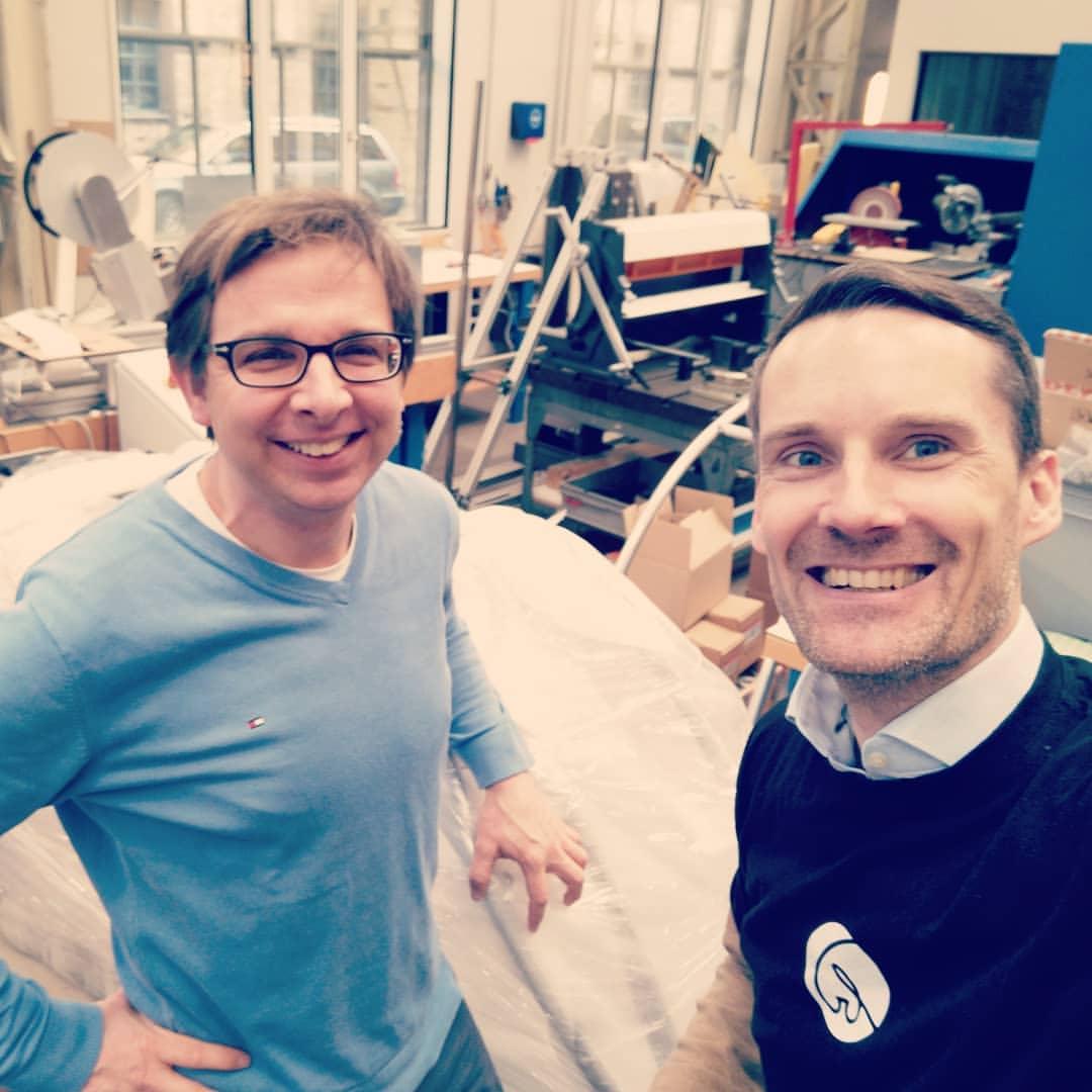 Thomas Sauter-Servaes (rechts) mit shareyourbicar-Gründer Adrian Burri.