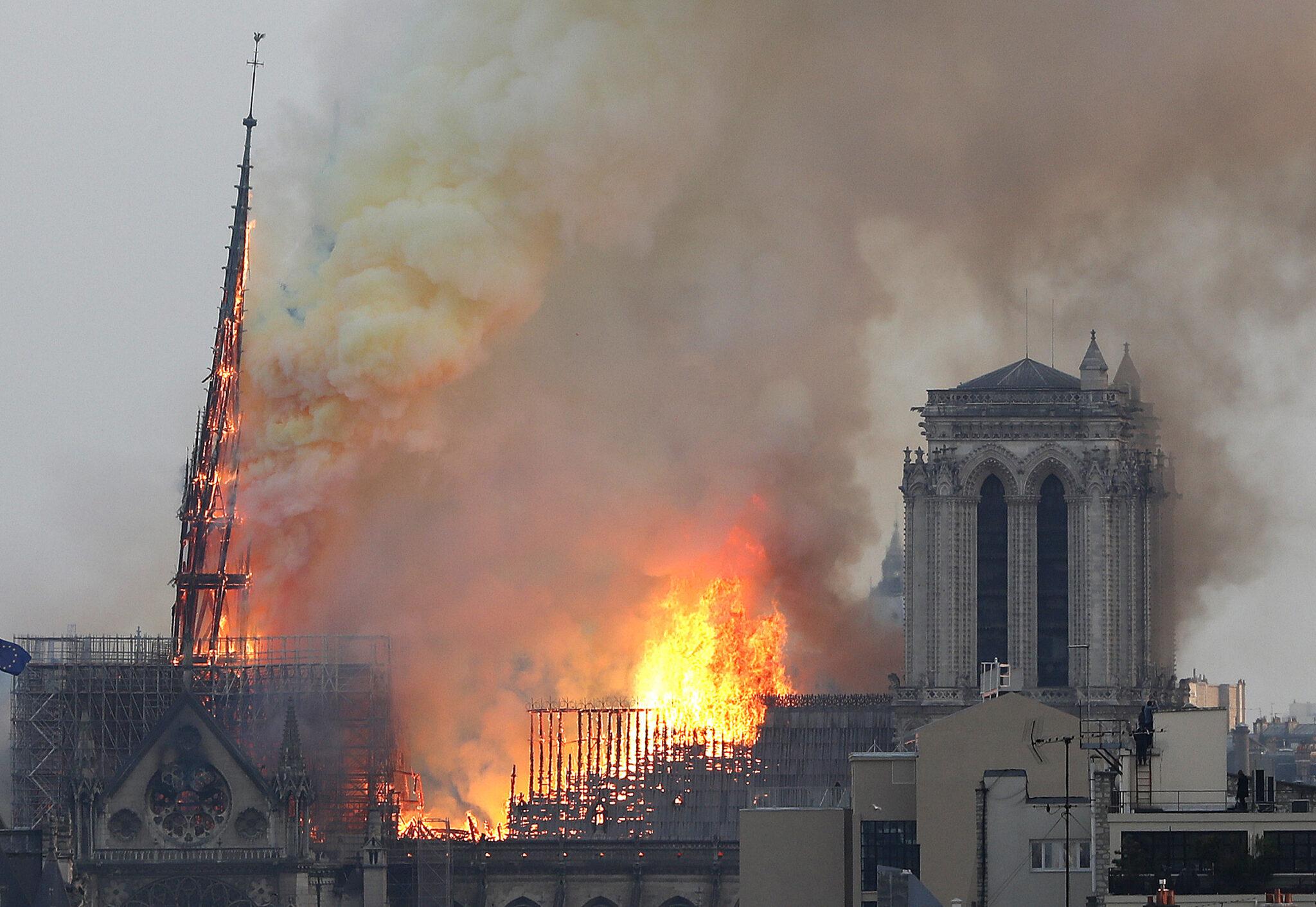 Notre Dame in Flammen