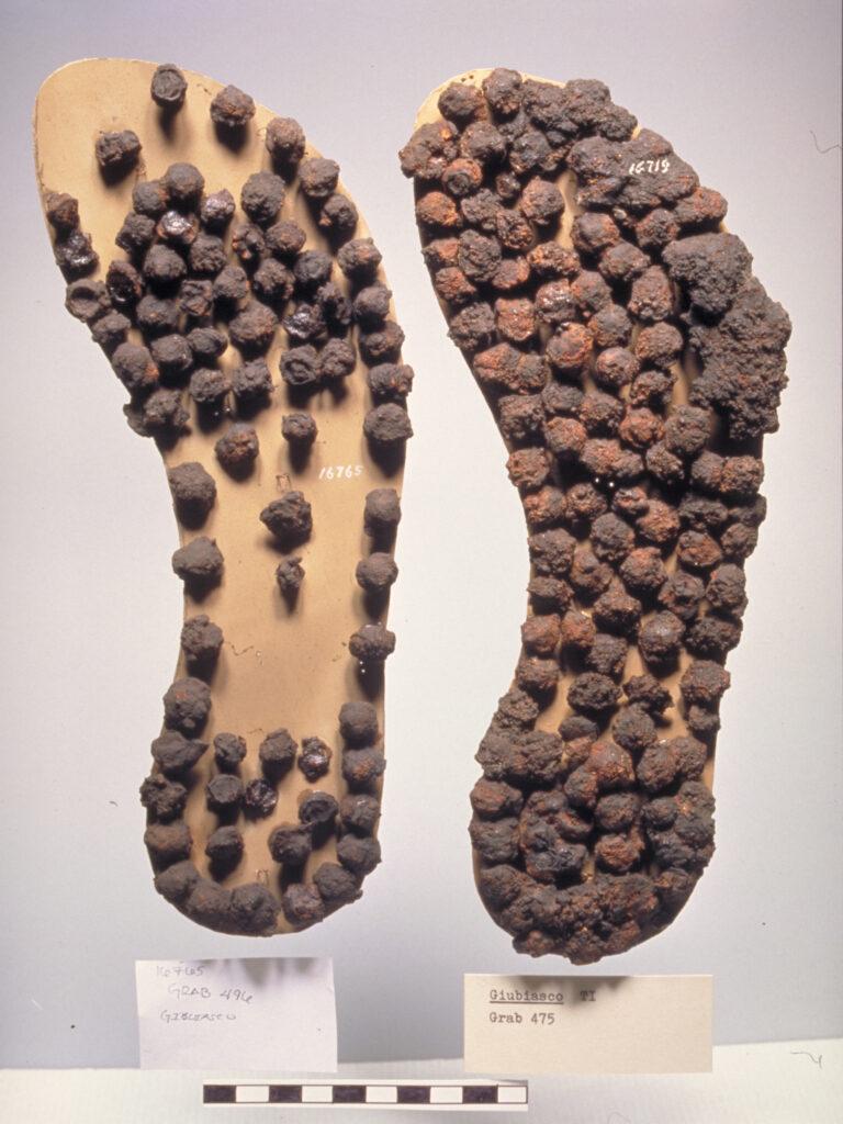 Nägel einer römischen Sandale