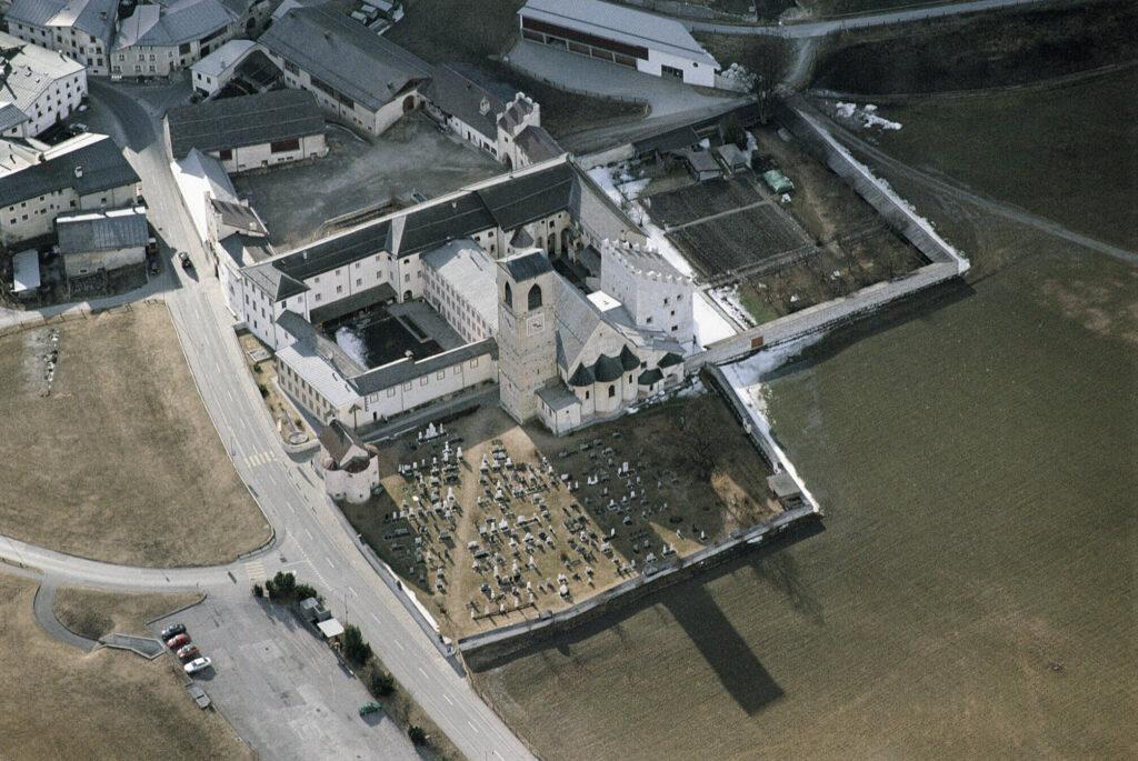 Das Kloster St. Johann in Müstair.