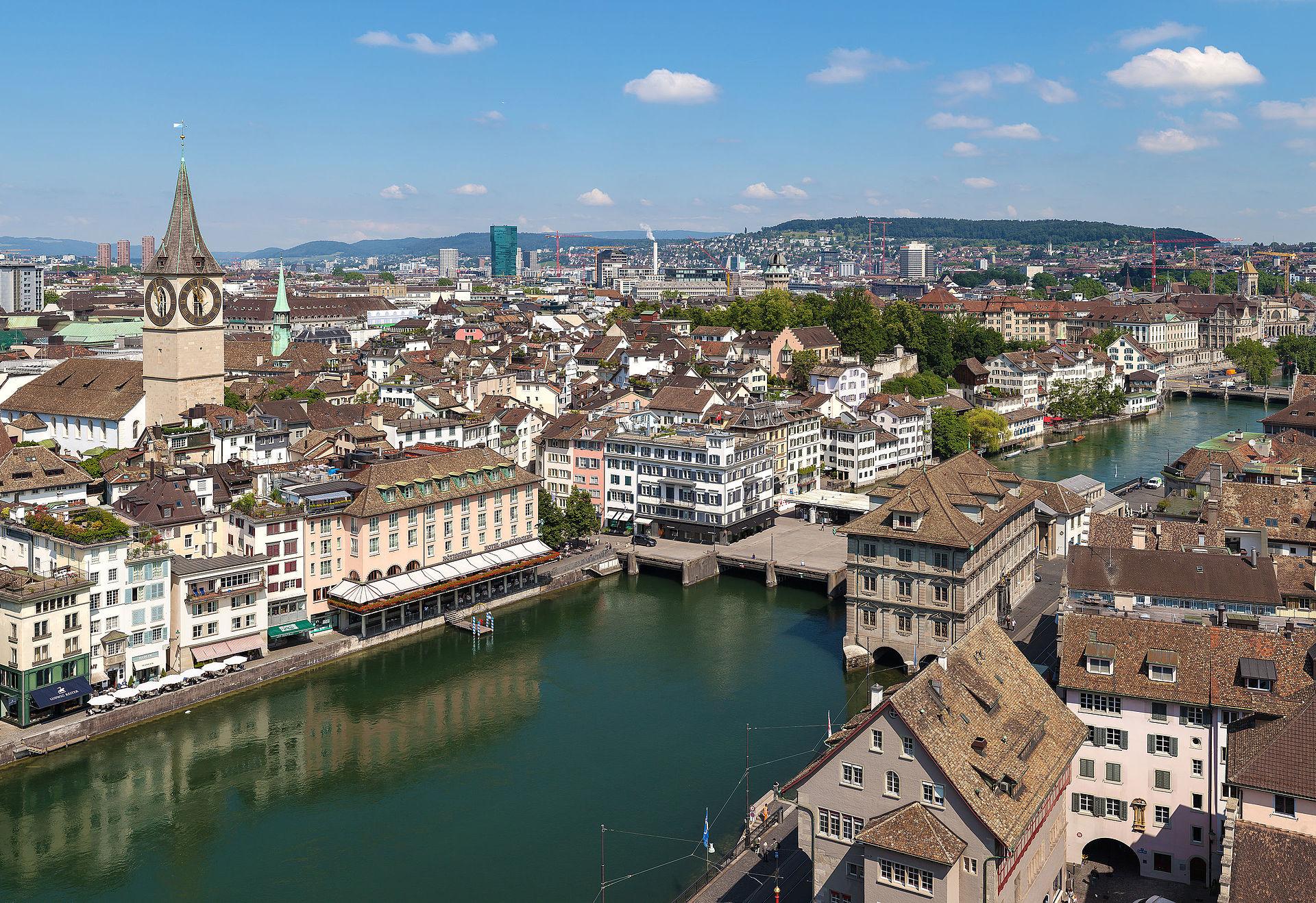 Drohnenaufnahme der Stadt Zürich.
