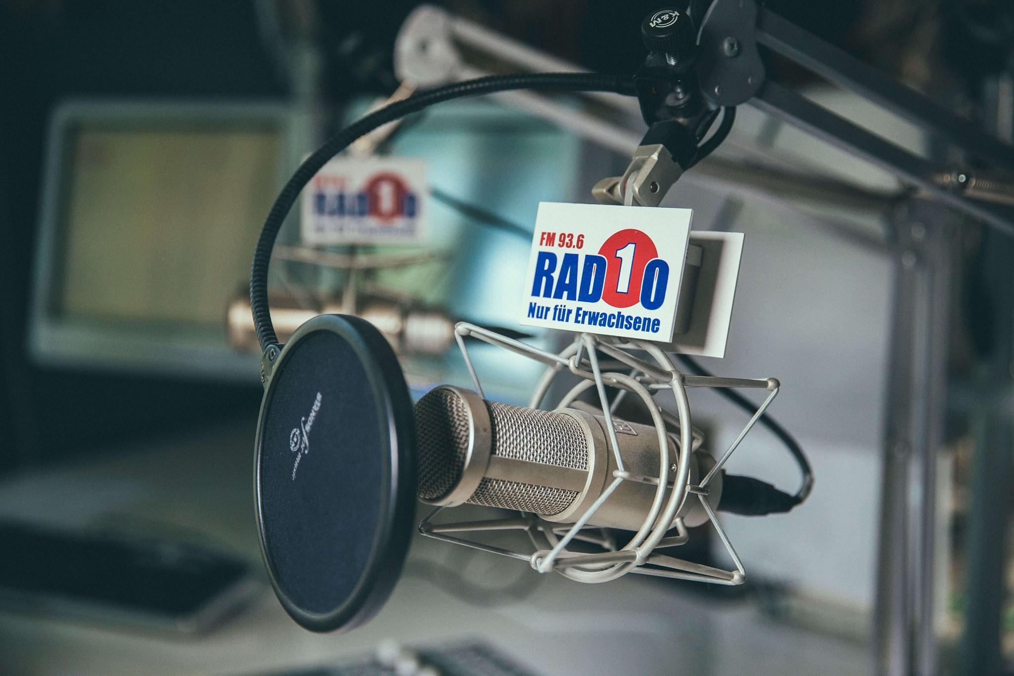 Die Wissenschaftskolumne «Der Faktist» wird jeden Dienstag um 17:45 Uhr bei Radio 1 ausgestrahlt und dauert rund zweieinhalb Minuten.