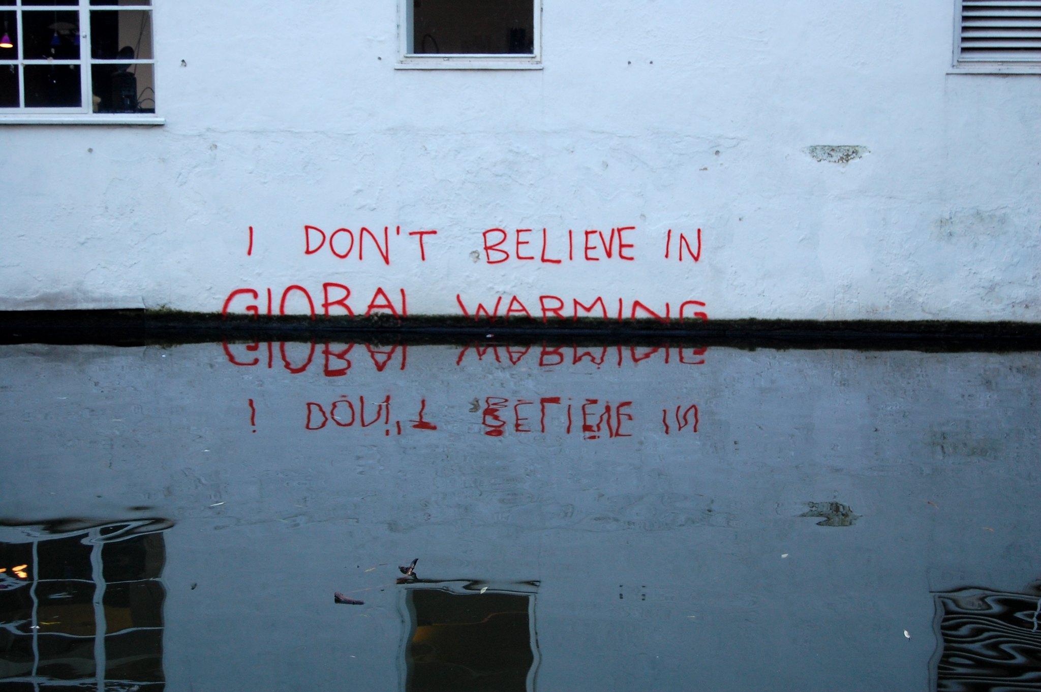 «Ich glaube nicht an die Klimaerwärmung»-Graffito in London, vermutlich von Bansky.