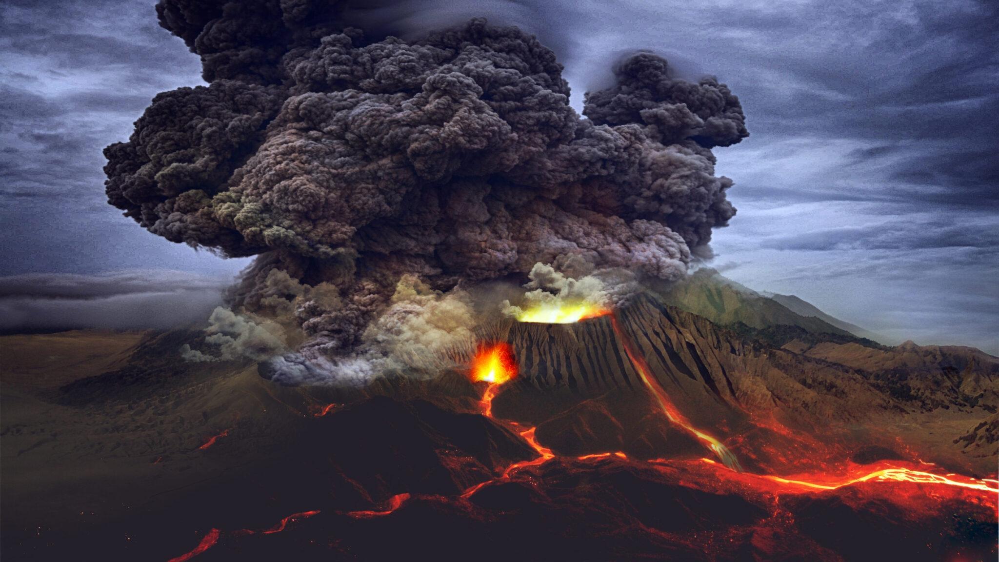 Ein ausbrechender Vulkan mit dramatisch riesiger dunkler Aschewolke und leuchtend roten Lavaströmen.