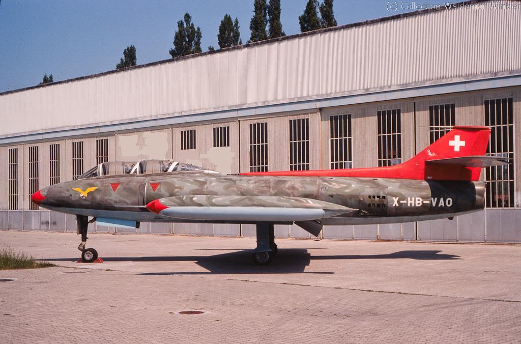 Ein Schweizer Kampfjet Modell P-16 der Flug- und Fahrzeugwerken Altenrhein.