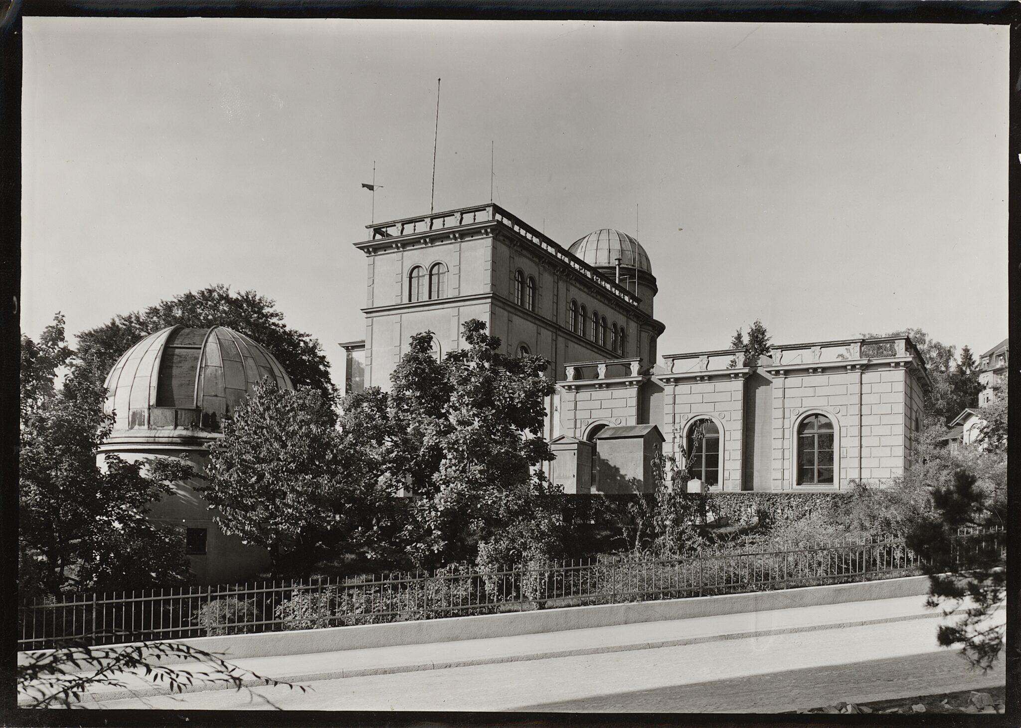 ETH Zürich mit Sternwarte im Jahr 1910