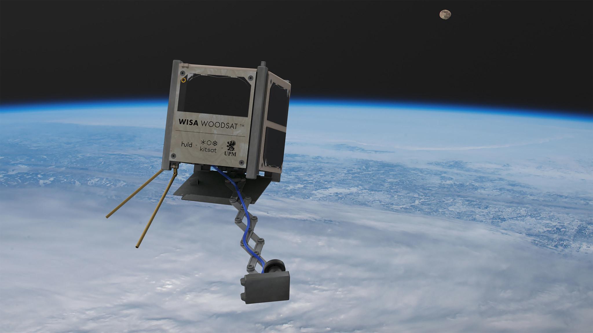 Eckige Holzkiste mit Antennen im Weltraum